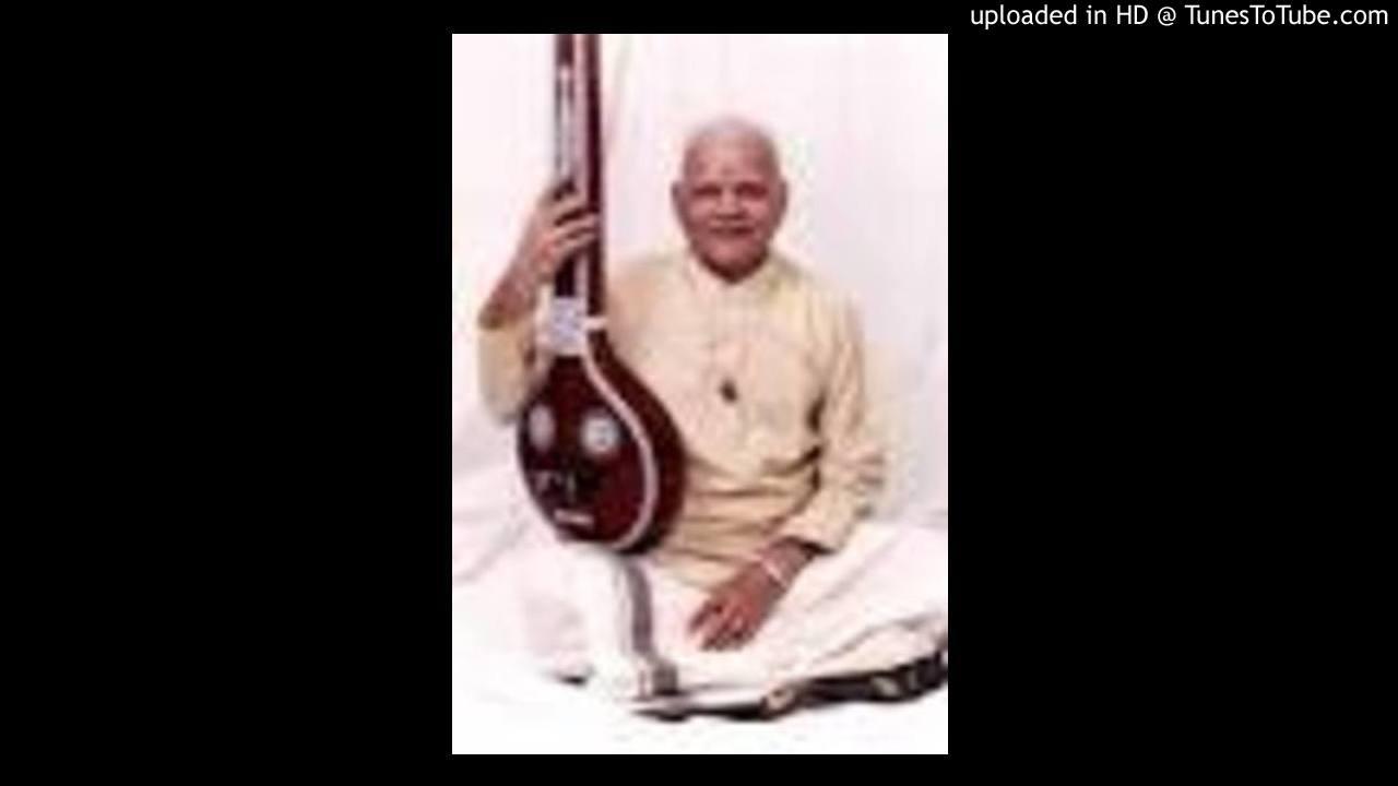 GURUGUHA VIBHAKTHI KRITHIS (2) - MANASA GURUGUHA ROOPAM BHAJARE - RAGAM ANANDABHAIRAVI - DIKSHITHAR