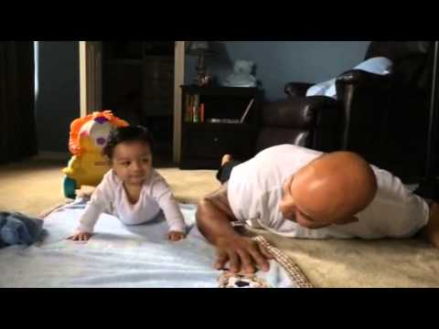 6 months old baby doing push ups with daddy youtube. Black Bedroom Furniture Sets. Home Design Ideas