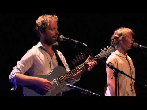 Time Is Taking All My Time, Max & Laura Braun, live at Theater Rampe