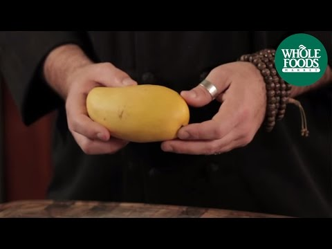 How to cut a mango thumb