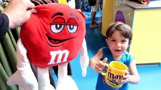 M&M's World in New York! Store Tour