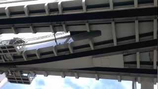 Japan - Chiba - Monorail - Aiguillage en action