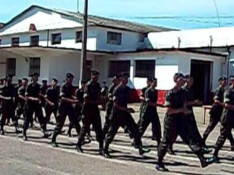 Formatura de Entrega da Boina Preta 8º Esquadrão de Cavalaria Mecanizada  2011(dois) - YouTube b06c84ea2e6