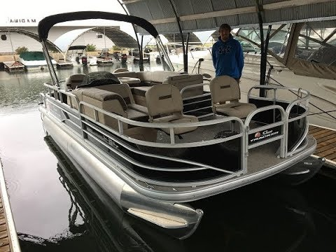 2018 Sun Tracker Fishin Barge 20 DLX On The Water Review