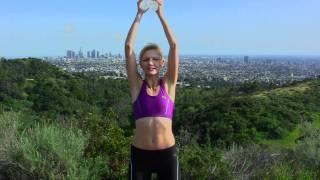 ćwiczenia na idealne smukłe ramiona i ręce z lekkimi ciężarkami