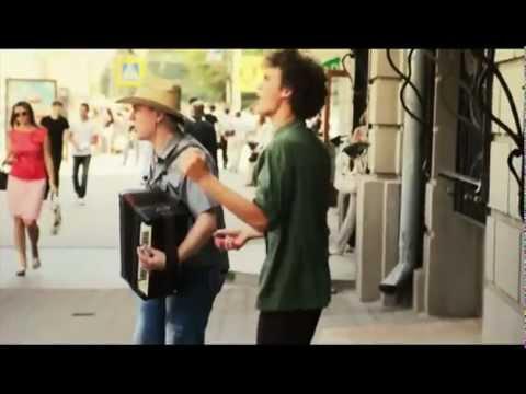 текст песни девочка с зелеными глазами. Песня G.O.D & Юрий Гордиенко - девочка  с зелеными глазами в mp3 320kbps