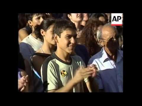 CHILE: SANTIAGO: GREENPEACE PROTEST