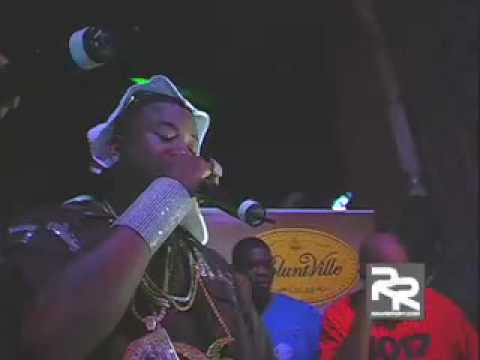 Gucci Mane & the 1017 Brick Squad Performance at DJ HOLIDAY's Birthday Smash!