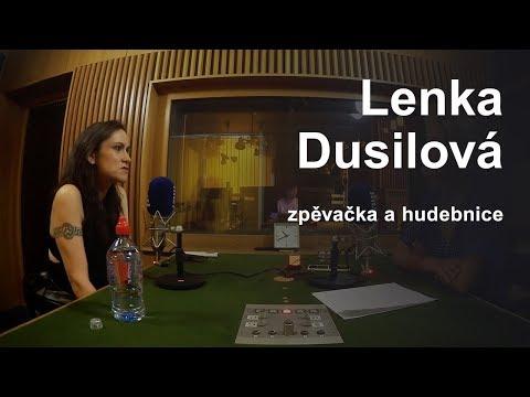 Lenka Dusilová: Setkání s Ivou Bittovou a Monikou Načevou je pro mě inspirativní | S vámi v Praze