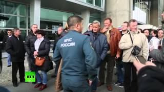 Родственники пассажиров самолета «Когалымавиа» собрались в аэропорту Пулково