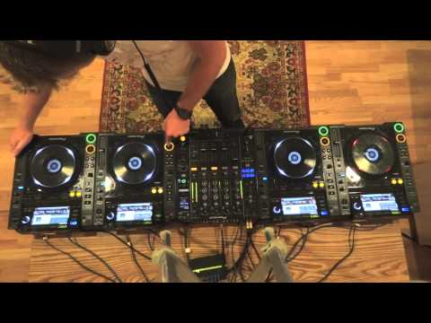 Spektor (DJ Spek) on 4 CDJ2000's Mix 2