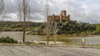 Средневековые замки. Замок Алмоурол. Португалия. Часть 1(Наш тур по замкам Тамплиеров. Первая остановка - Замок Алмоурол (Castelo de Almourol) расположен на маленьком скалист..., 2013-06-08T07:00:37.000Z)