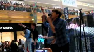 CD9- The party & Lo que Yo te dí Showcase Perisur 14/03/14 Thumbnail