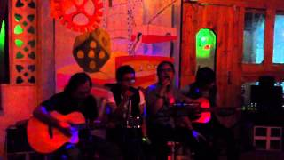 Đêm nhạc acoustic tại Xúc Xắc Xoay coffee