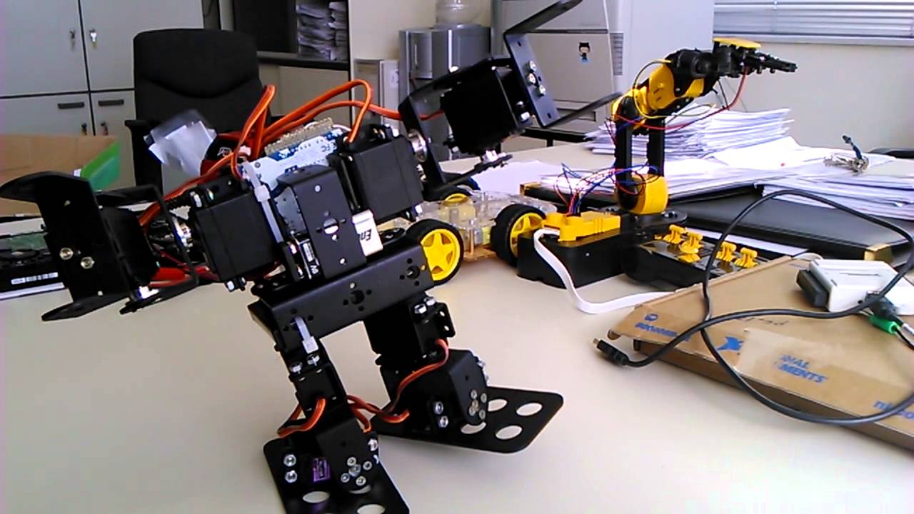 Biped robot dof controlled via android application