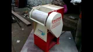 PORTABLE COTTON GINNING MACHINE BY JAGDISH INDUSTRIES INDIA Cotton Gin - MERCHANT GIN - Small Scale