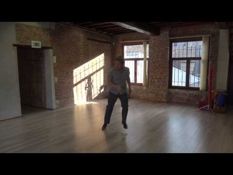Lindy hop : triple steps exercices with music