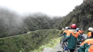 Едем по Дороге Смерти в Боливии(, 2011-03-14T01:04:40.000Z)