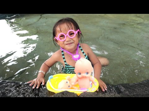 Drama Dokter Ara Menyelamatkan Boneka Bayi Lucu Yang Tenggelam