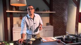 Треска под сельдереевым маринадом с легким салатом