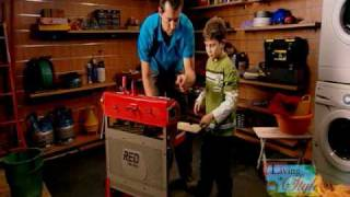 Red-toolbox_living_in_style.wmv