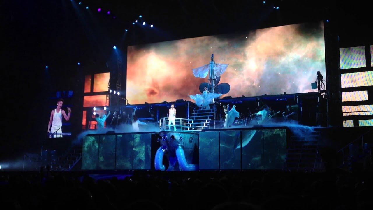 Justin Bieber Catching Feelings Believe Tour Tulsa - YouTube  Justin Bieber C...
