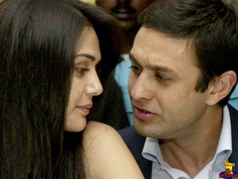 Preity Zinta and Ness Wadia Special Love Making Scenes