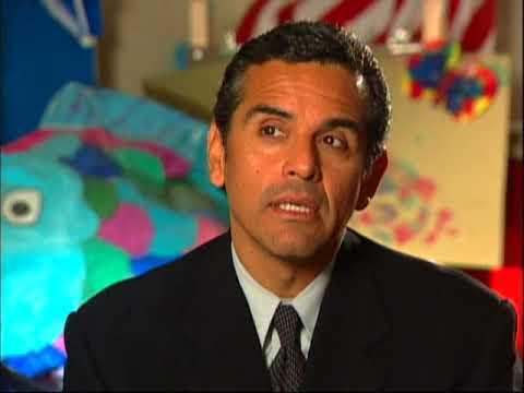 Latino USA 2003