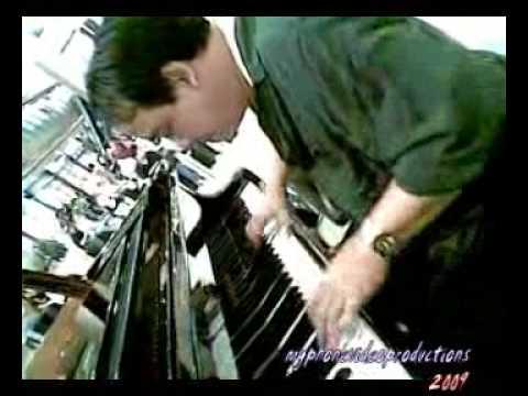 Manny Canizares' Pure Piano
