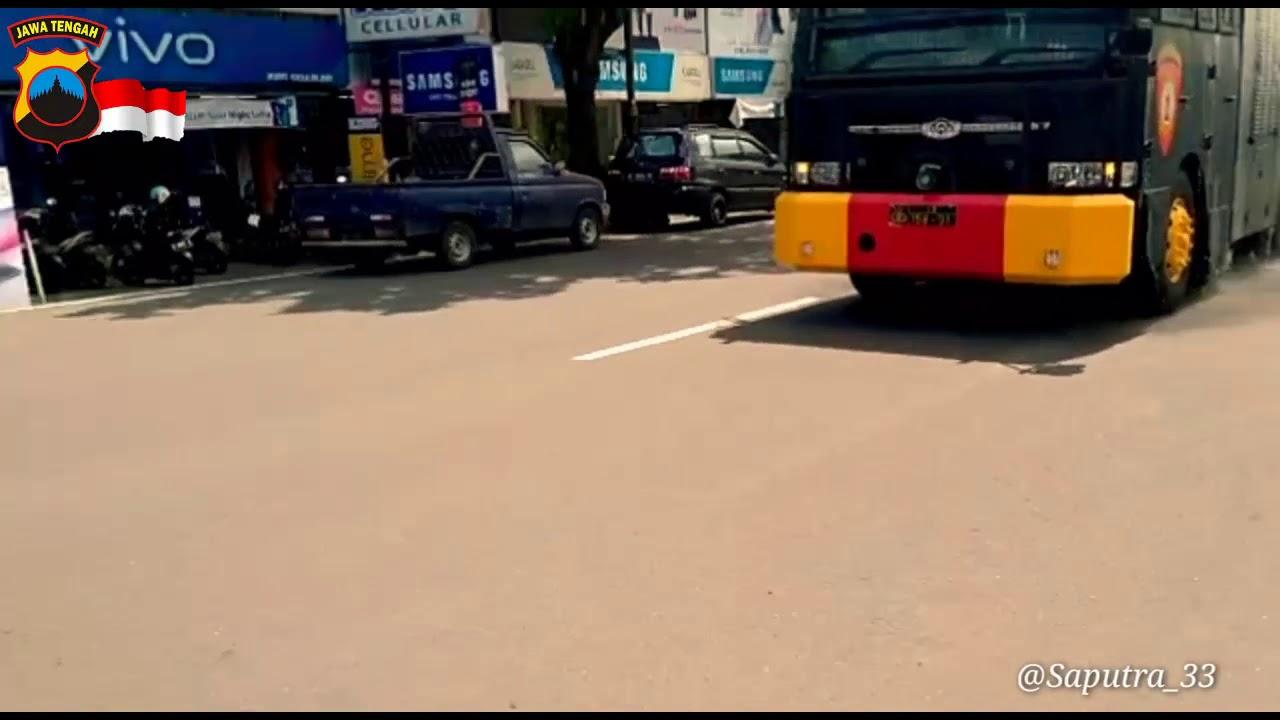 Penyemprotan Disinfektan sepanjang jalan