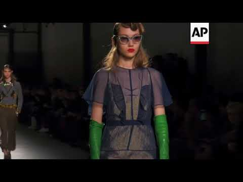 Alessandro Dell'Acqua presents N21 collection at Milan Fashion Week - 동영상
