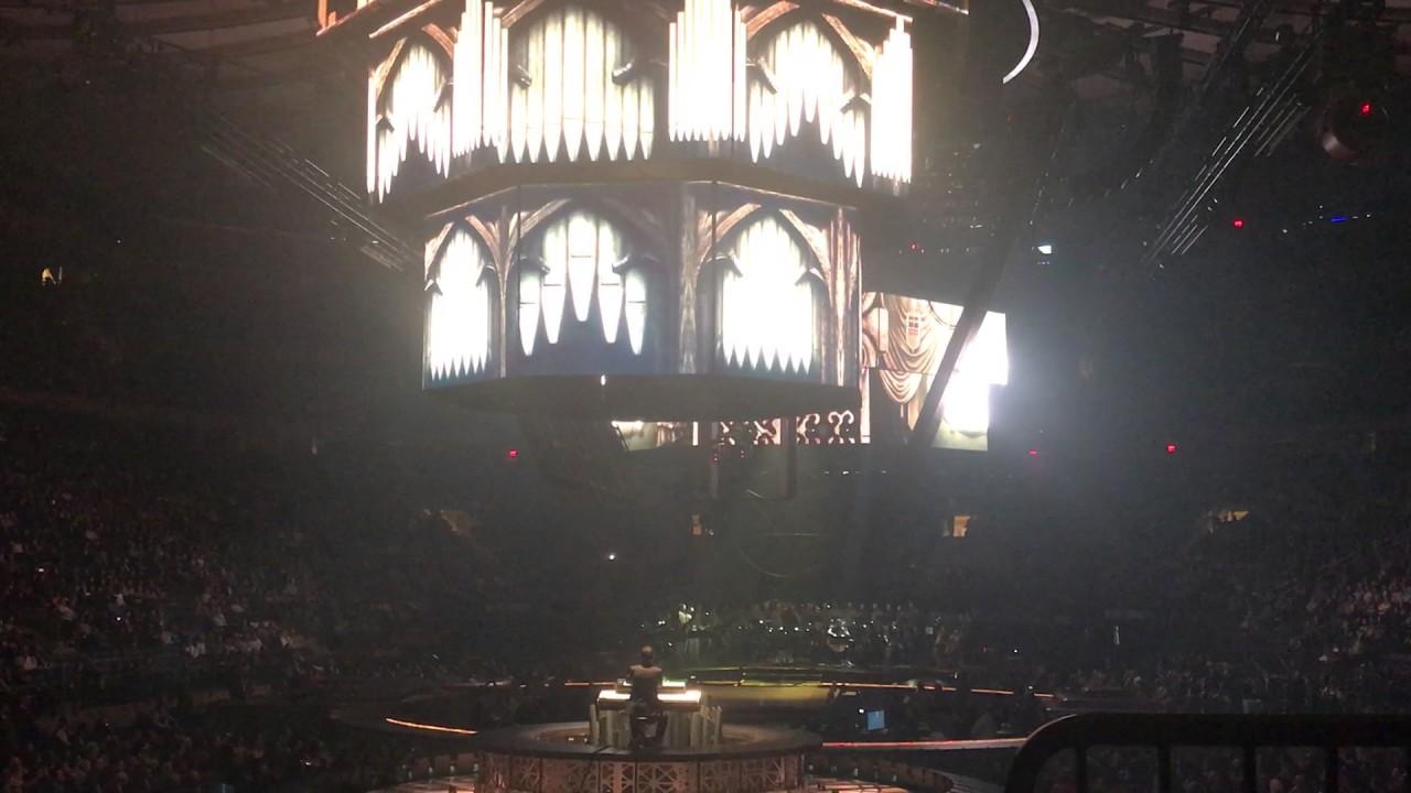 Ramin Djawadi Light Of The Seven Live Game Of Thrones Concert Madison Square Garden 3 7 17