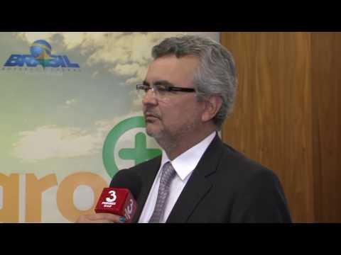 Secretário da Casa Civil se reúne com ministro interino do MAPA em Brasília