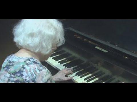 Bate-Papo JA: Berenice Menegale Oferece Curso De Piano Em BH