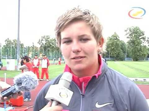 Anita Wlodarczyk flash interview (Ostrava Golden Spike 2009)