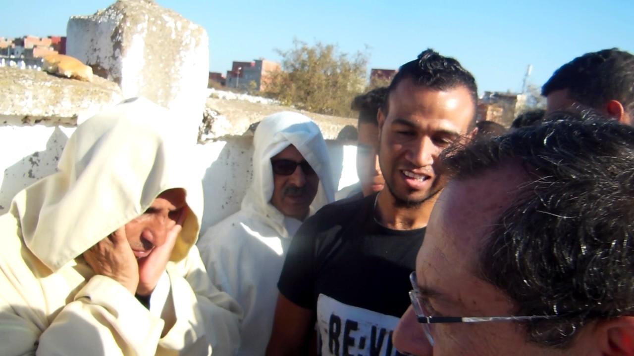 الخبر الآن: حسيسن يعزي خلالة في وفاة والدته - YouTube