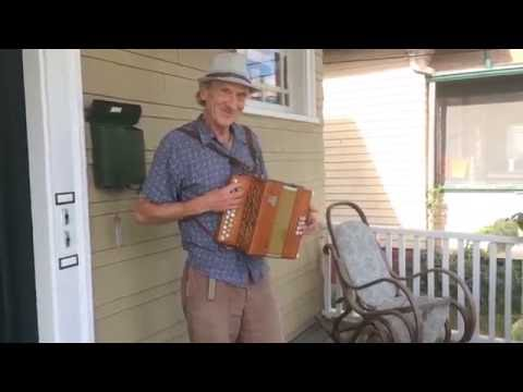 Phil Edmonds  Belly to Belly original accordion tune