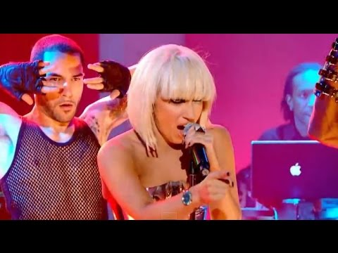 Lady gaga singing poker face live tomtom with sd card slot