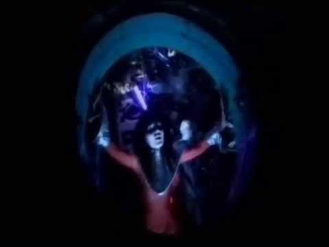 @tak  - Love On The Moon (Musiikkivideo)