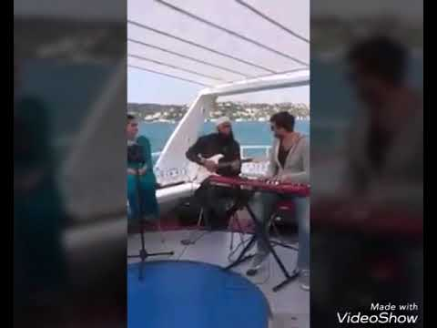 Junaid Jamshed singing dill dill pakistan in sun rise from istanbul .turkey...