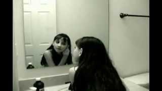 جنى يظهر لبنت فى الحمام رعب
