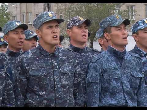 В Актобе выпустили первых в Казахстане полицейских нового формата
