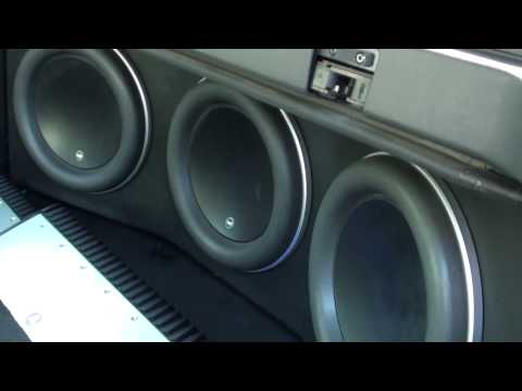2009 Chevy Avalanche with Focal Speakers / JL Audio W7 Subs & Amp | Pacific Stereo