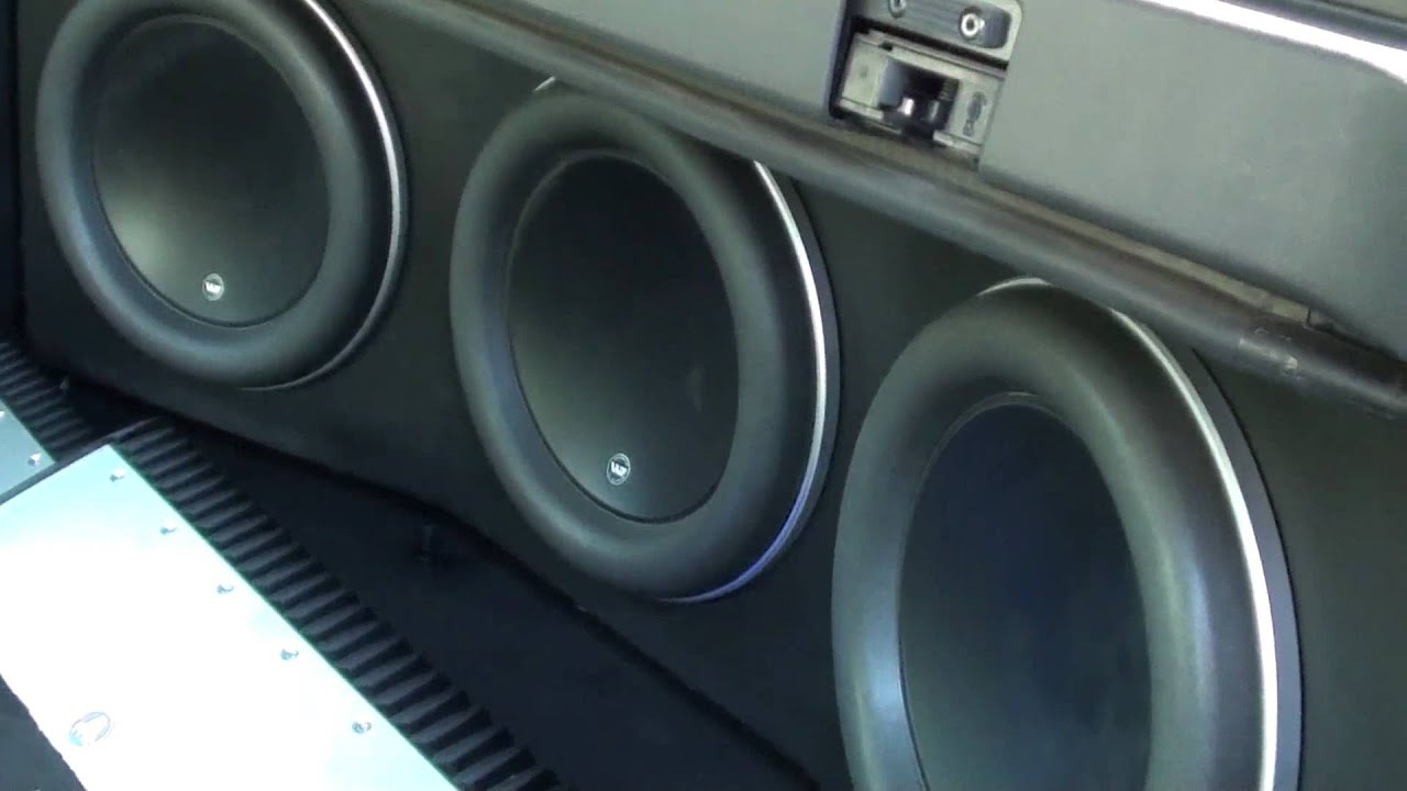 Beautiful Audiobahn Flame Q 12quot Subs Youtube Ivoiregion Aw1206t Wiring Apex2181 Speakerplanscom