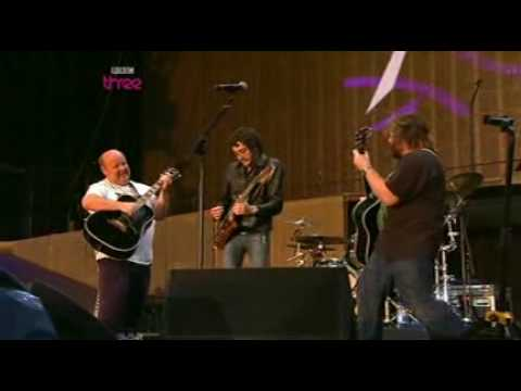 Tenacious D - Dude, I totally miss you  [live at Reading Festival, 2008]