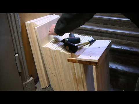 видео: Стеллаж для книг изготовление из мебельного щита , сверление отверстий под конфирмат.