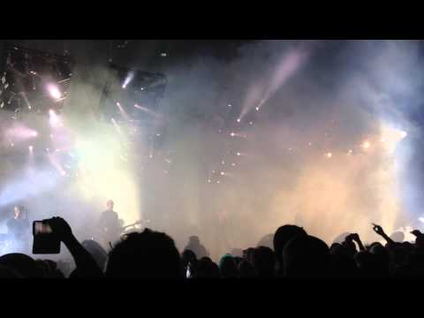 Nine Inch Nails - I Would For You (Live) - The Joint 11/16/13