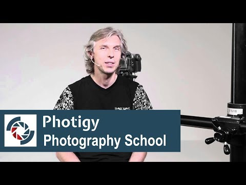 How to get your first commercial photography client: tip for newcomers