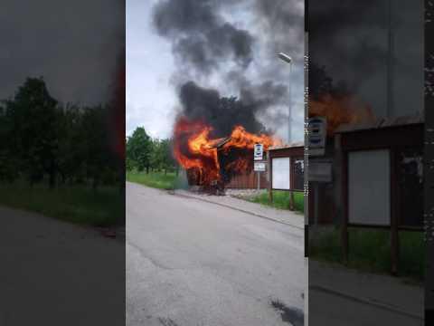 Požár zastávky v Suchdole - 4. 6. 2017