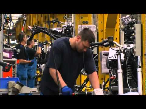 Assembly of the 2000000 BMW Motorcycle Video Berlin Plant Production bikertube.ro